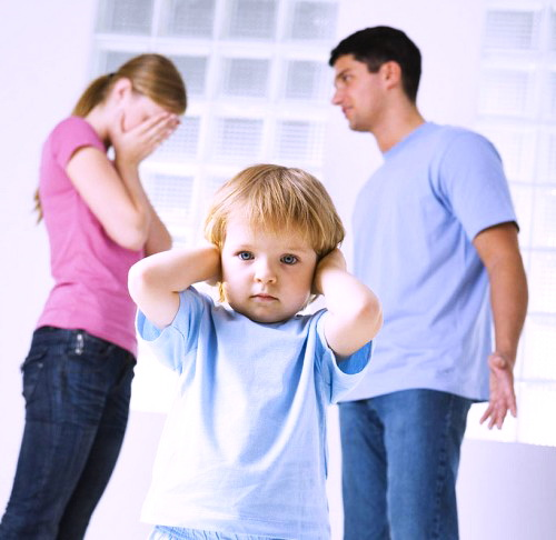 vliyanie-semejnyx-konfliktov-na-detej